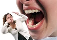 làm sao để chữa hôi miệng ?